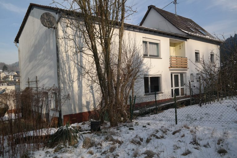 Situated in the beautiful village of Sankt Thomas. Eifelrust is a holiday house for 10 up to 14 persons, with all basic comfort needed.